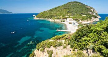Camping in Italien: mit Meerblick auf der Insel Elba