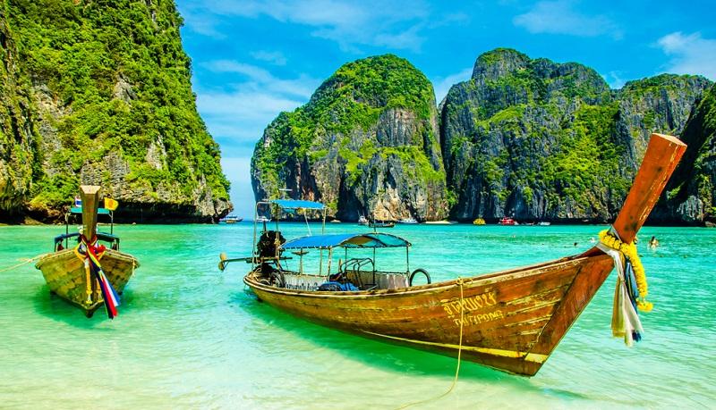 Dschungel, Seen, Wasserfälle, Traumstrände, Höhlen, Berge und Tempel werden zu einem gigantischen Abenteuer für jedermann.