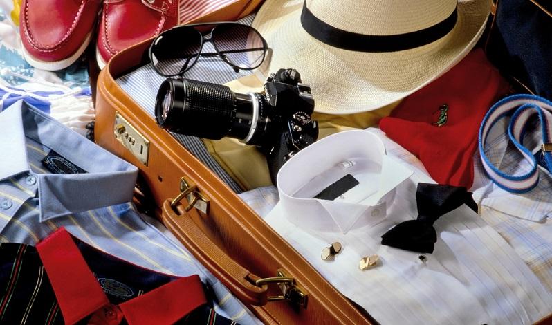 Den Koffer für die Kreuzfahrt packen, mit dieser Checkliste wird an alles gedacht.